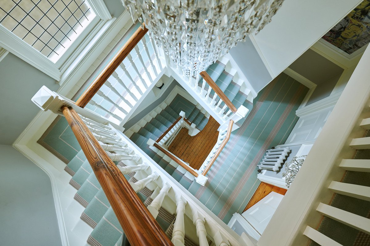 Your staircase can be a huge style statement but is often overlooked,  it creates a first impression so should be welcoming #flooring tips