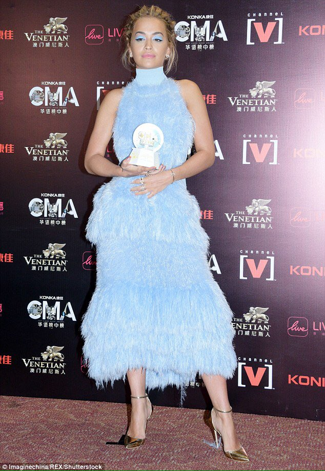 congratulations @RitaOra on your award! looking stunning!! wearing #markfast #aw17 #ritaora