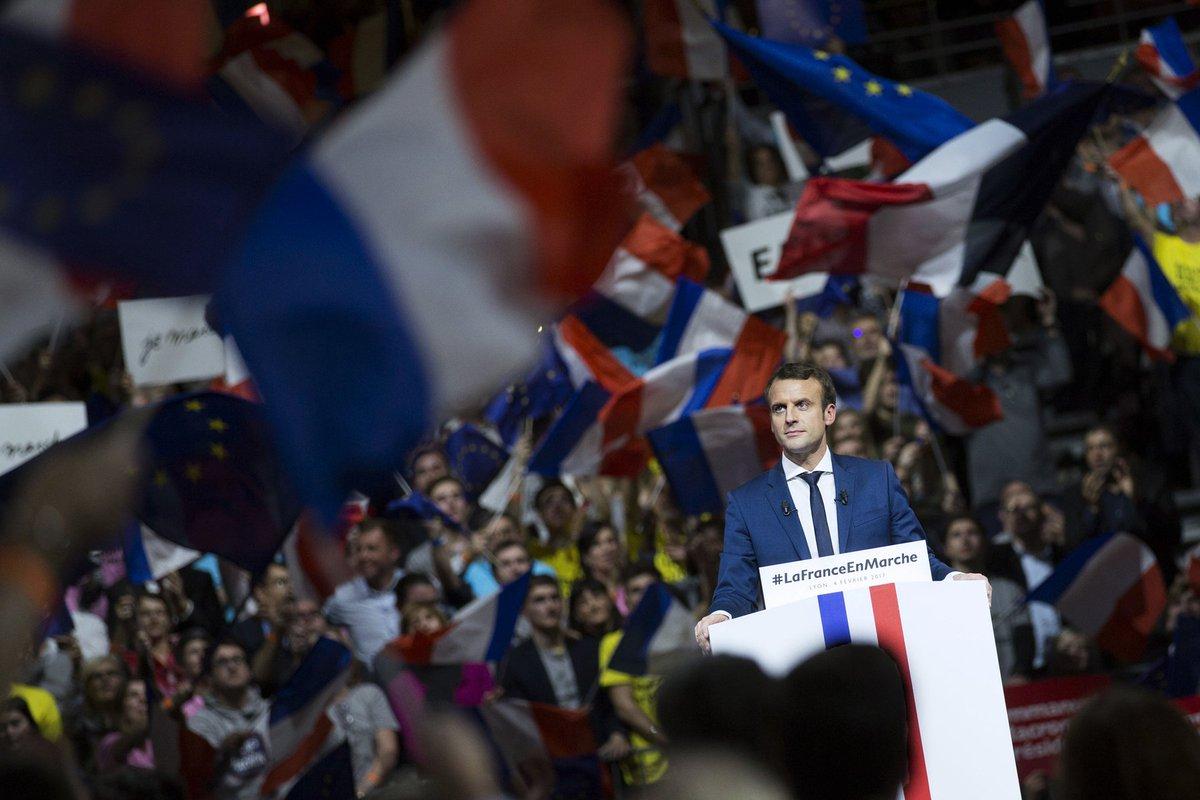 Il y a eu des meetings de cet homme de 39 ans avec une France enthousiaste voulant changer les choses...Photographe officielle @soazigdlm