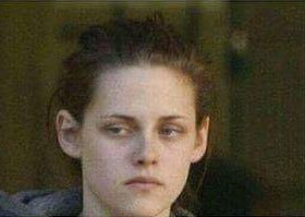 When it\s your birthday but you don\t want have more age  Happy birthday Kristen Stewart!