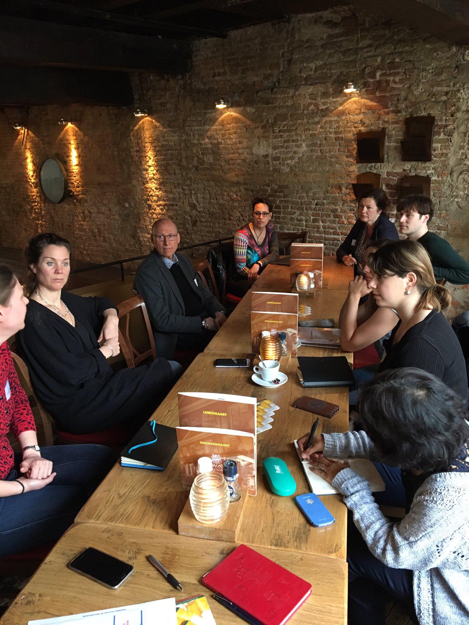 #17WDE koffiebijeenkomst in delft vanwege de week van het digitaal erfgoed. https://t.co/P1h1utLf0K