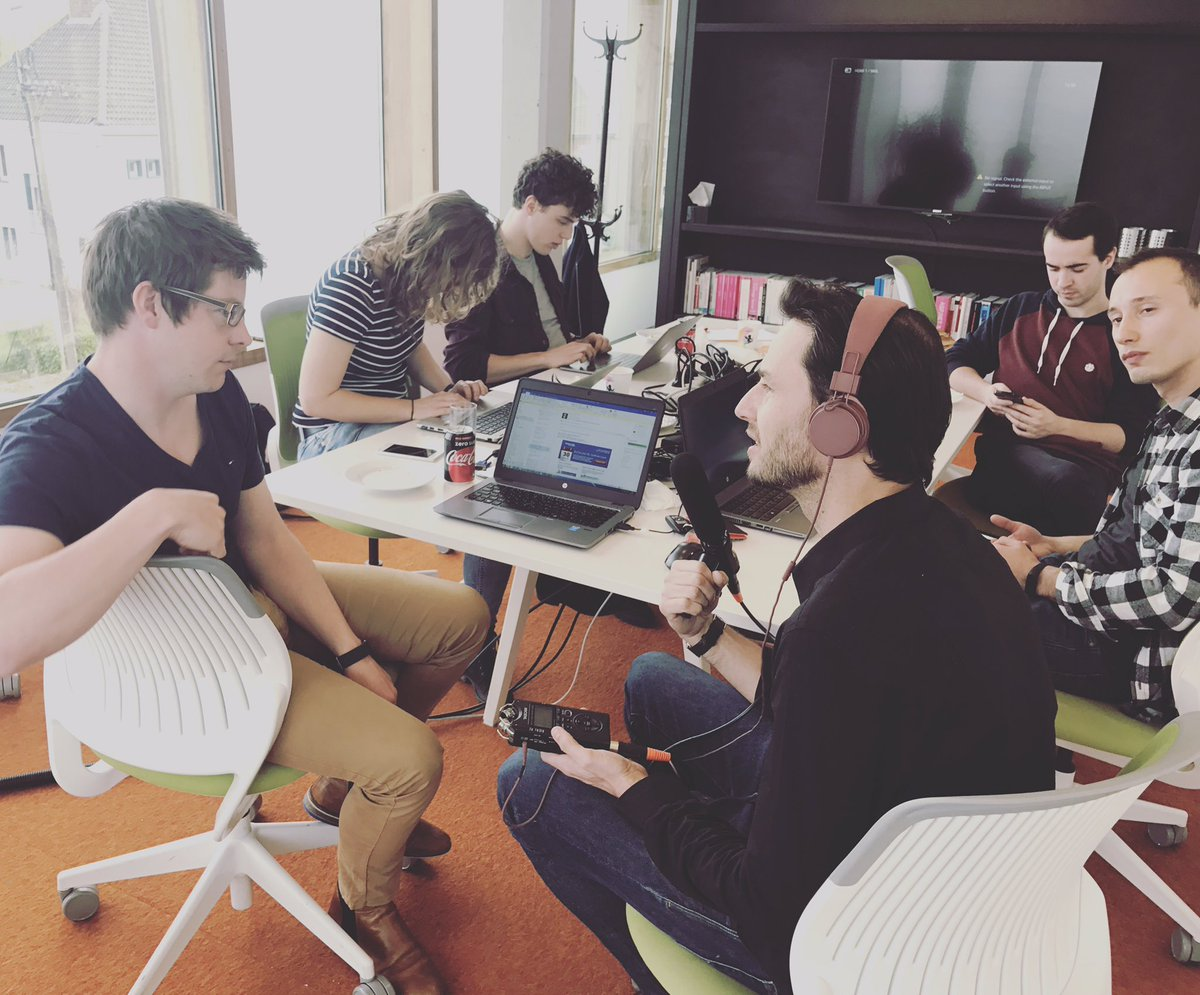 Chatbot Hackathon with our Studio Dev Team  #galvin #beta #ai #marketresearch #insightactivation <br>http://pic.twitter.com/xYKyGWz9iV