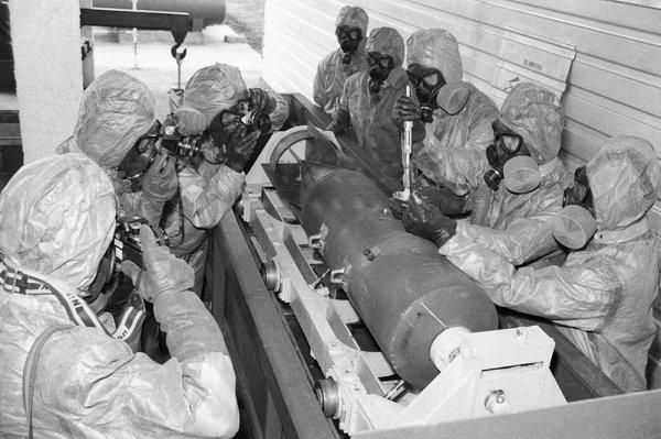 Моссад убил российского генерала за  продажу  смертоносного  нервно-паралитического отравляющего вещества Сирии?