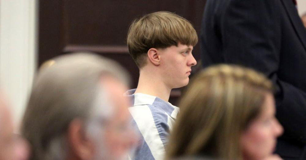 Grandfather #Apologizes After #Dylann Roof's Guilty #Pleas Add to Sentence  http:// nyti.ms/2oZ3rM8  &nbsp;  <br>http://pic.twitter.com/Bl5I9PpaVN