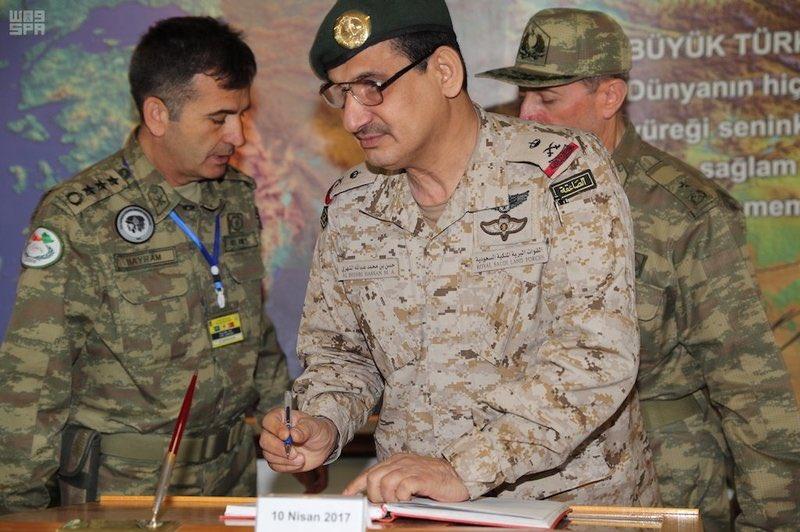 """ذئب الصحراء"" تمرين عسكري تركي سعودي مشترك C9FJJuaXoAIClbY"
