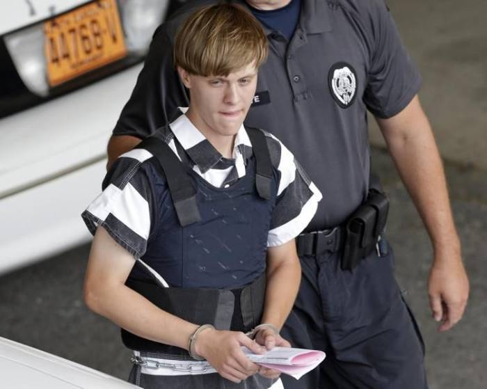 #Dylann Roof sentenced to nine life sentences for Charleston shooting   Roof pleaded gui  http://www. empowr.com/illimattic?p=B VZ9W &nbsp; … <br>http://pic.twitter.com/SsqU5B4vnX