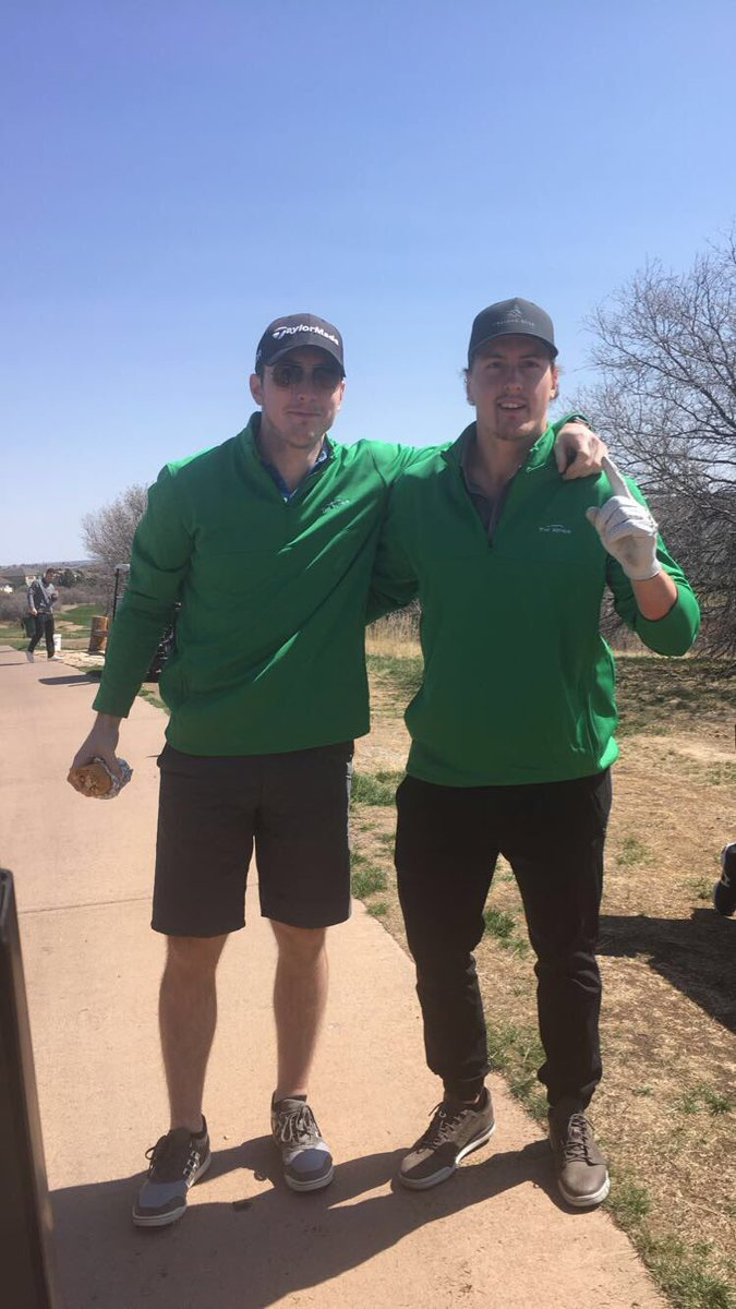 Yes!!!!!! Ladies and Gentleman your 2017 #Masters Champions!! #TheGreenJacket!! RT @GabeLandeskog92: @commie22 https://t.co/Ma6d6vK6TG