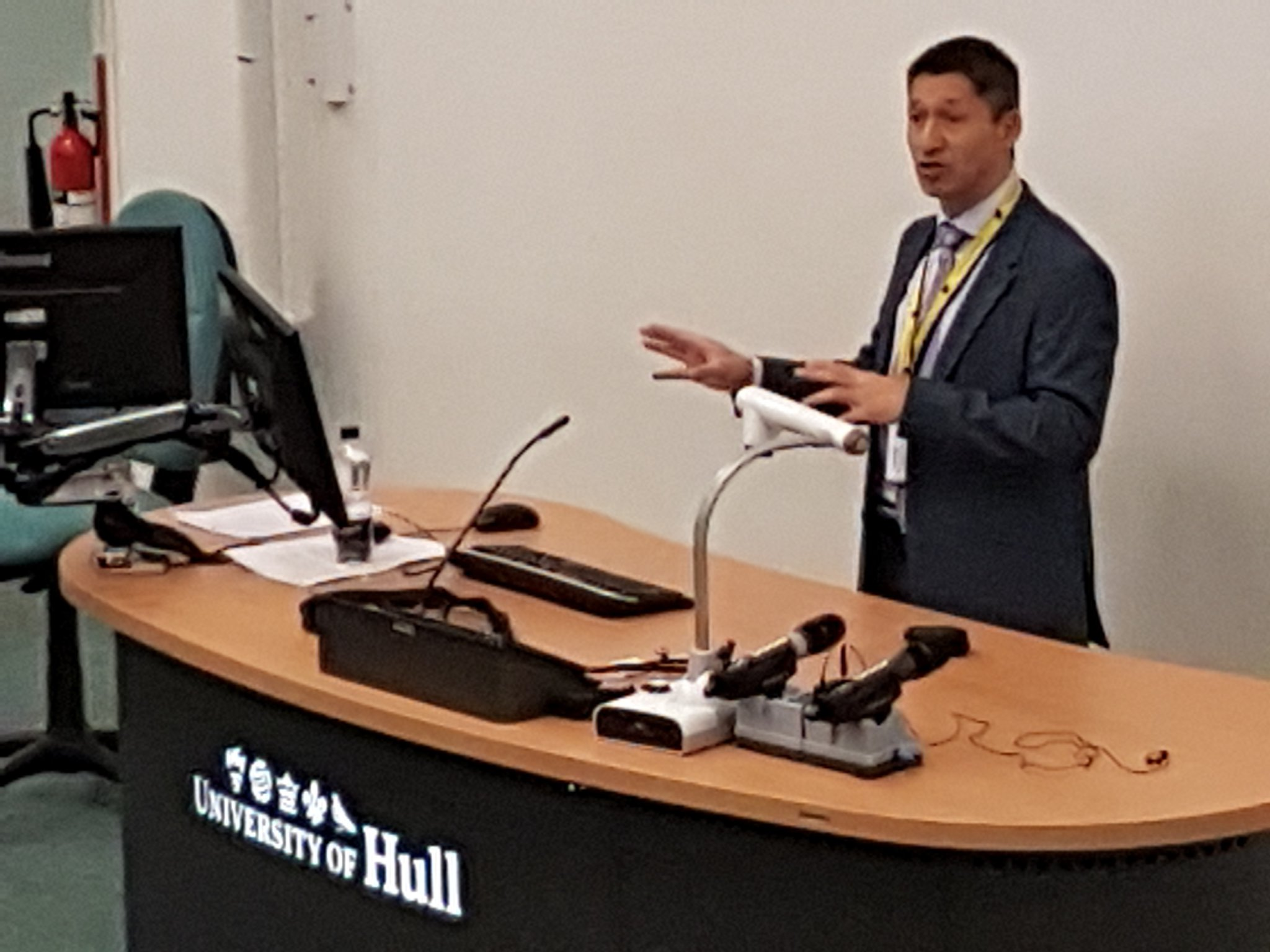 #aldcon ... we have kicked off. Warmly welcomed by Paul Chin and the fantastic library team @HullUni_Library. https://t.co/dRQhud0JtK
