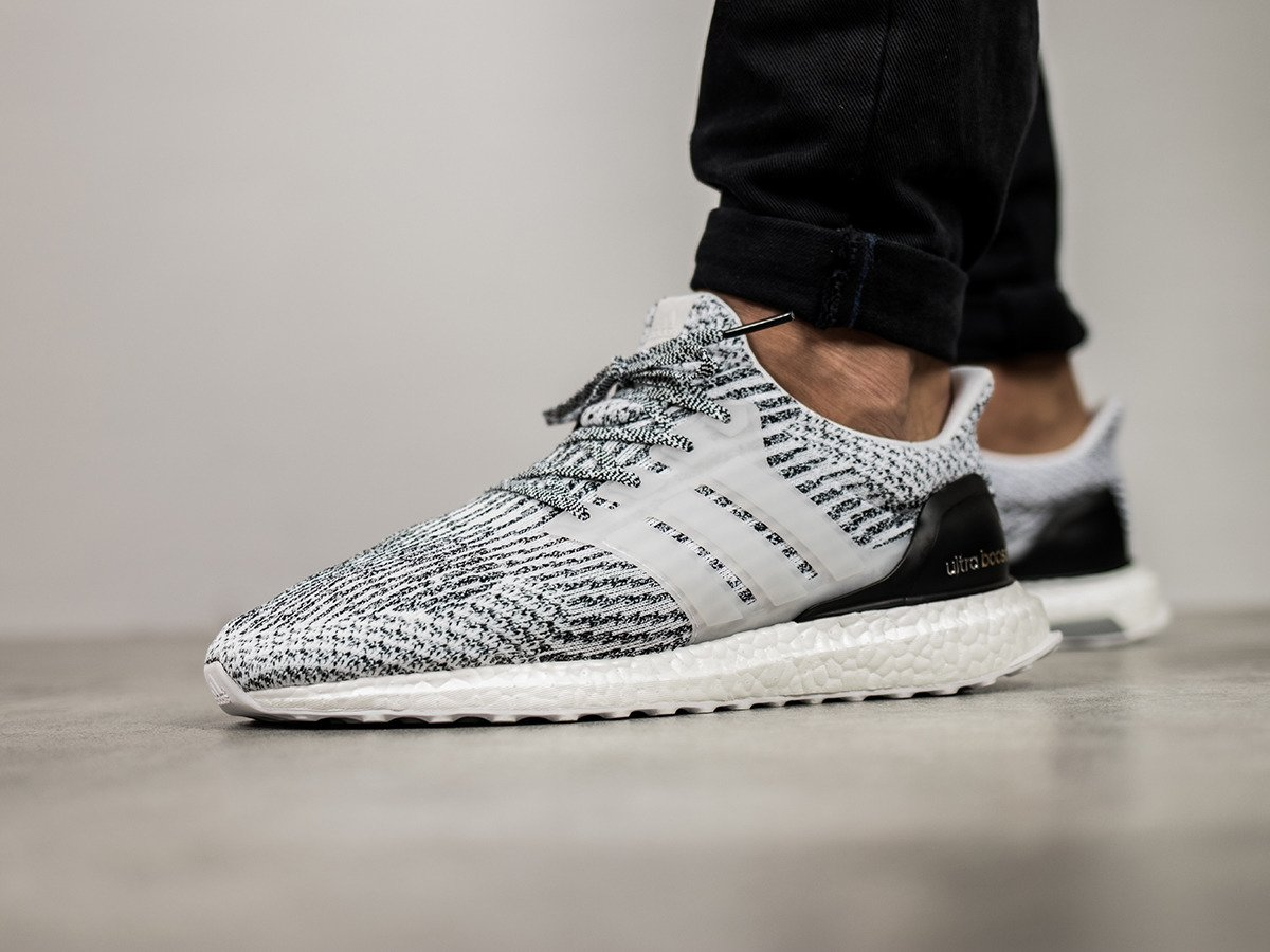 Oreo / Zebra Ultra Boost 3.0 On Feet with Different Pants \\ u0026 Close Up
