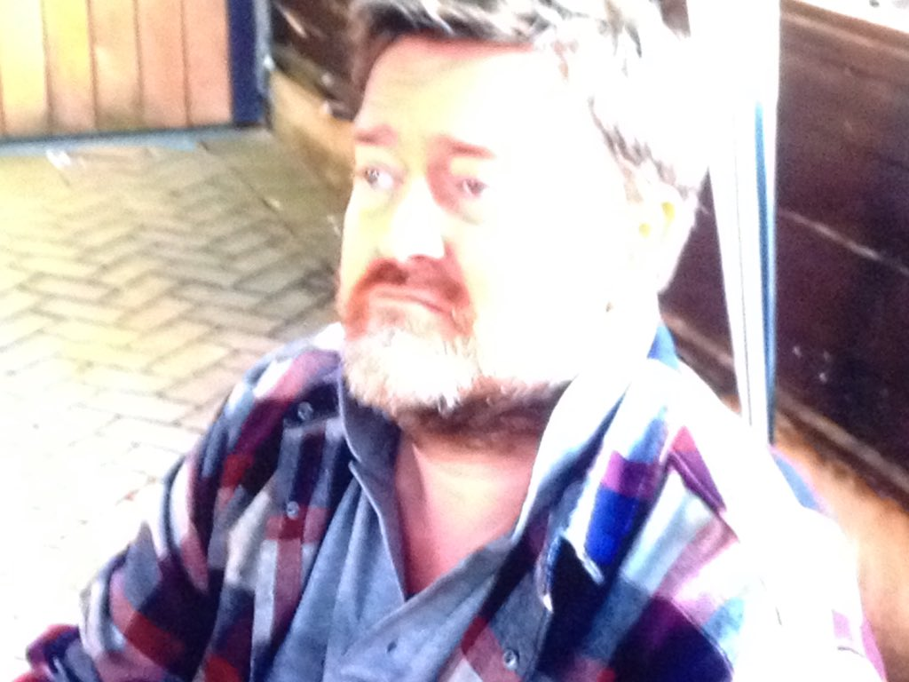Guy Garvey In Car Share - HiFi Kabin