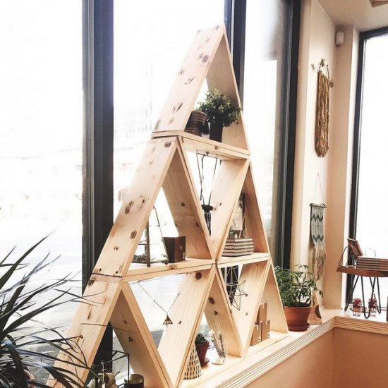 DIY Triangle Display Shelf