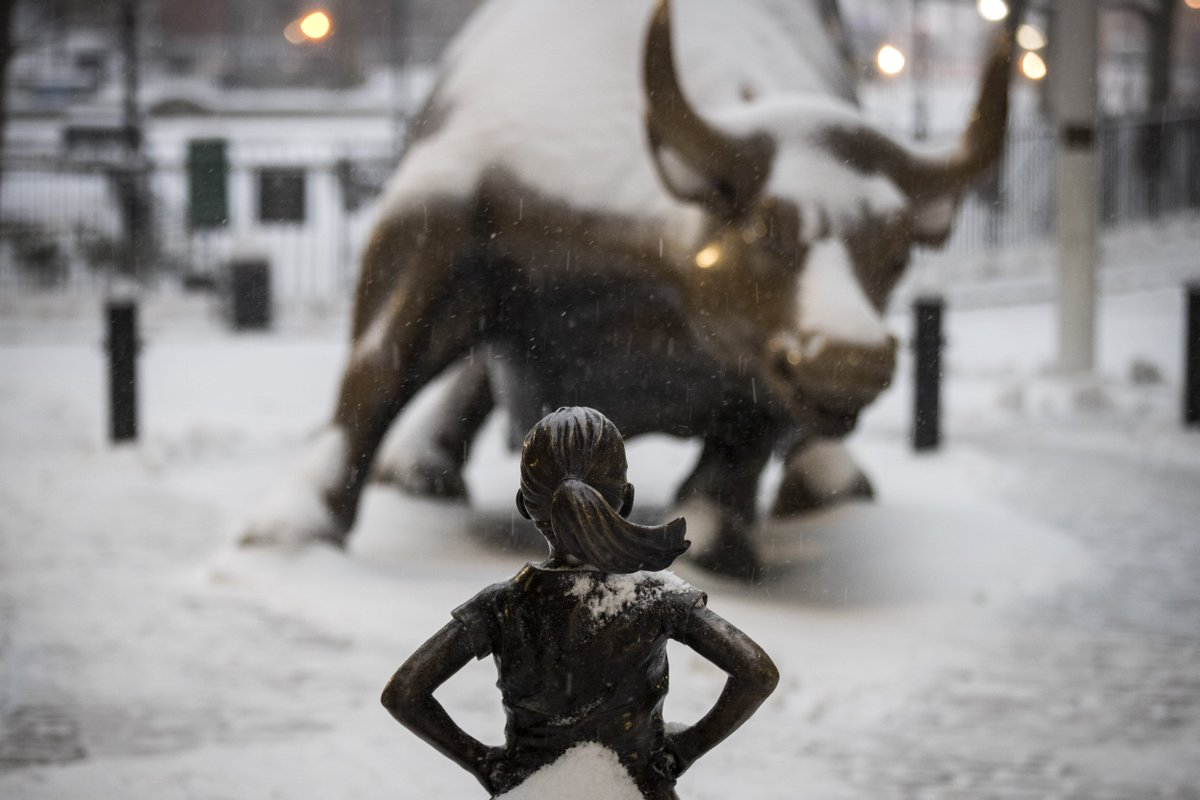 'Charging Bull' artist says New York's 'Fearless Girl' statue breaches his rights http://bit.ly/2o5Lc3O