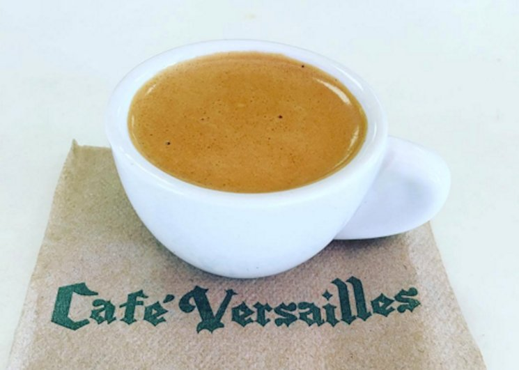 Hey #Miami!  @VersaillesMiami is giving away free #cafecito 2day! Details here: https://t.co/1xpA5aAYYA https://t.co/ZoUxkLd0Km