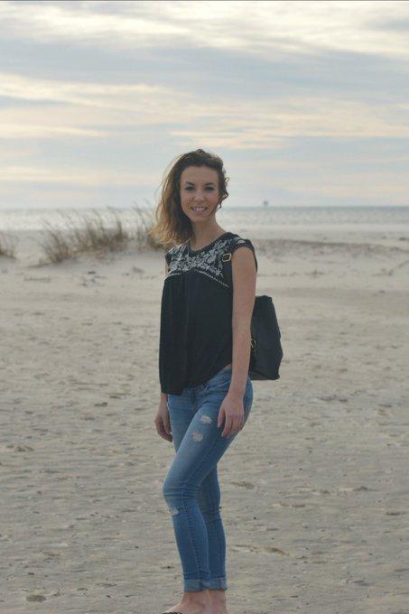 Kate Koutures: Linen At The Sea