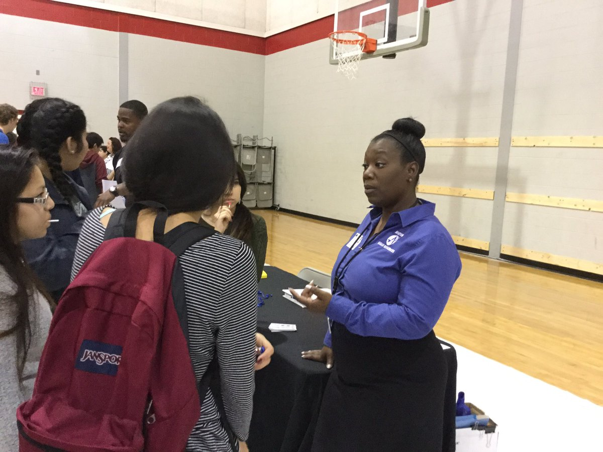 del valle isd delvalleisd twitter career fair for dv seniors is under way lots of exciting new careers to learn about dvproudpic twitter com vijdf3wvww