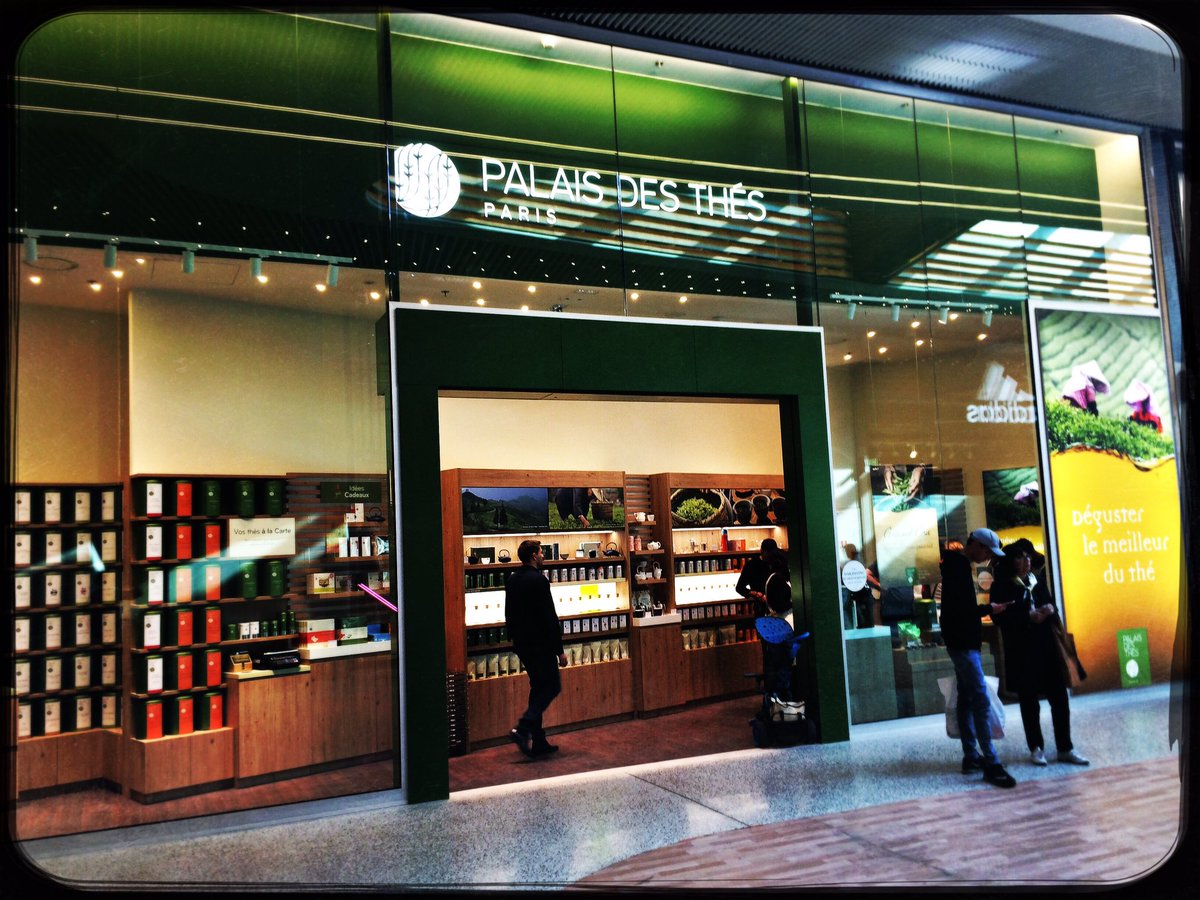 Boutique maison du monde great joseph segura eric for Maison du monde qatar