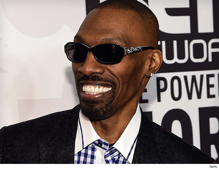Eddie Murphy's brother @CharlieMurphy is dead at 57 after a battle with leukemia (via @TMZ) https://t.co/sh4PxRKFtS