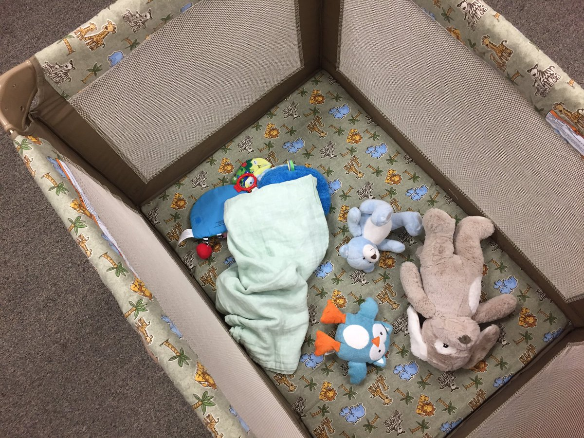 B More City Health On Twitter Ex Of Unsafe Crib For Infant Safe Sleep There Should Be No Toys Blankets Or Anything Else In The Crib Drleanawen Bmoreforbabies Https T Co Qvoyyhijsn