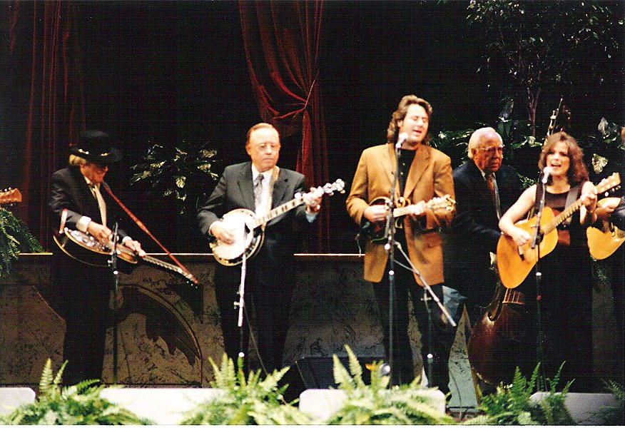 HAPPY BIRTHDAY to Ultra Talented @vincegill !! Here's a photo to celebrate - once-in-a-lifetime moment #JoshGraves​ #EarlScruggs @VinceGill<br>http://pic.twitter.com/HiNntF1a3g