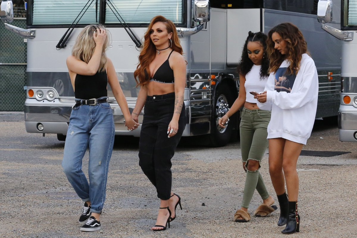 little mix updates on twitter little mix outside the smoothie king arena in new orleans. Black Bedroom Furniture Sets. Home Design Ideas