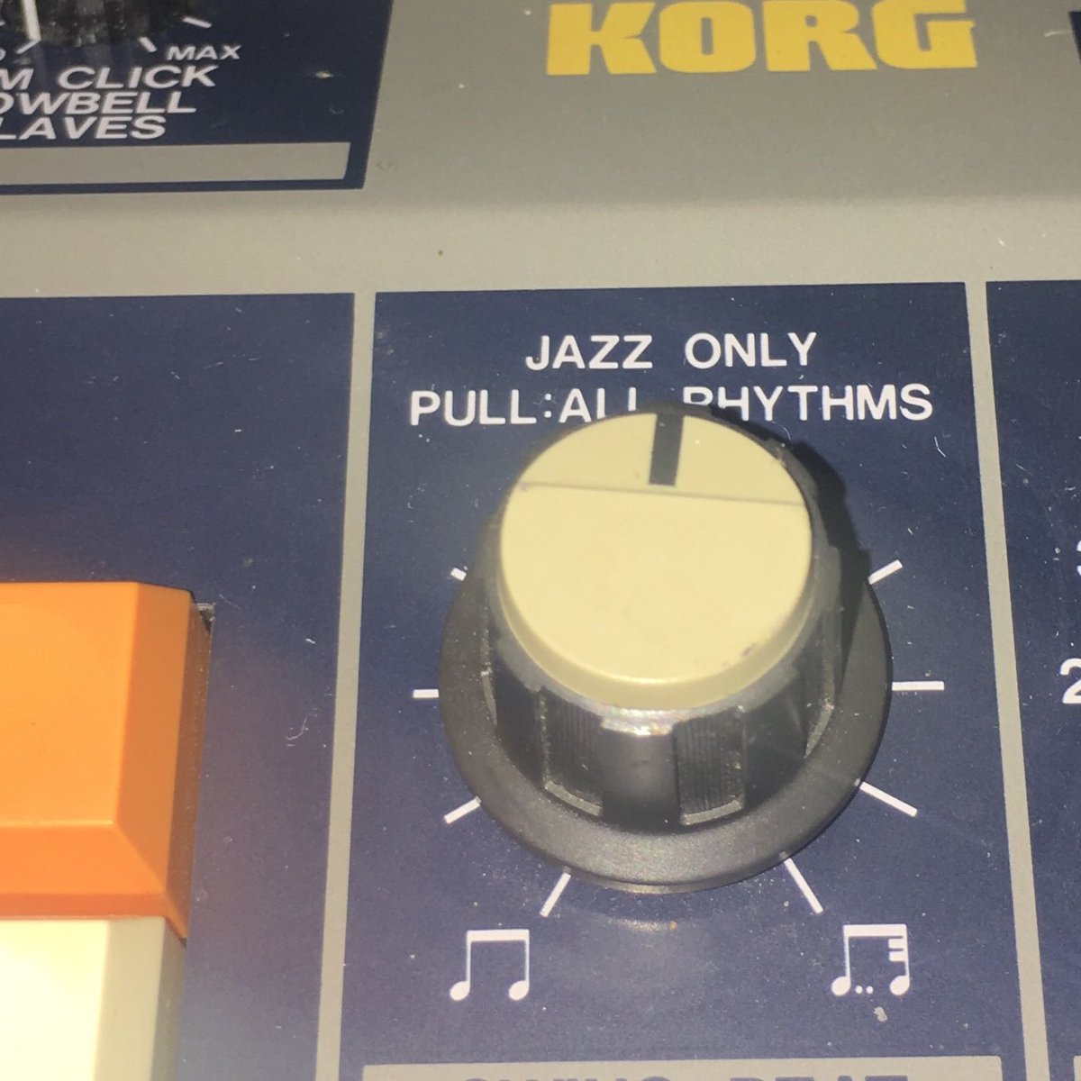 I bought a device with a jazz-only knob https://t.co/v1wa9mfQJF