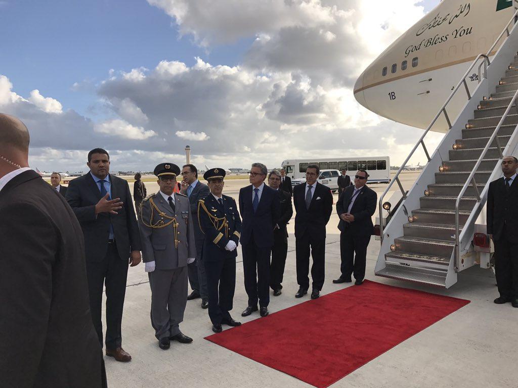 ملك المغرب يصل أمريكا على متن طائرة سعودية C9QrMVOXgAA7Gs7