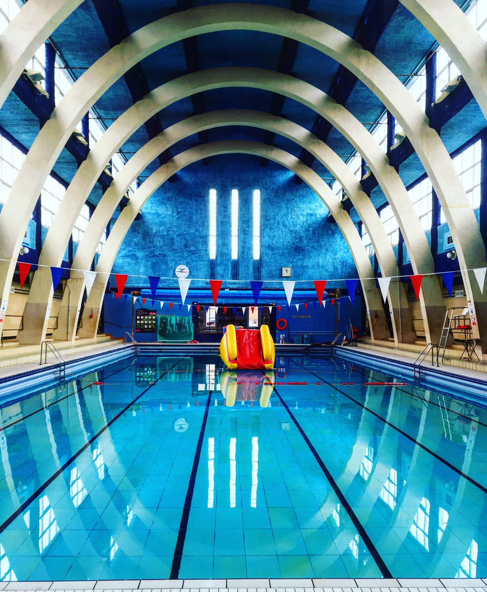Bookjunkie on twitter one of my favourite buildings in northampton artdeco wonderfulness at for Mounts swimming pool northampton