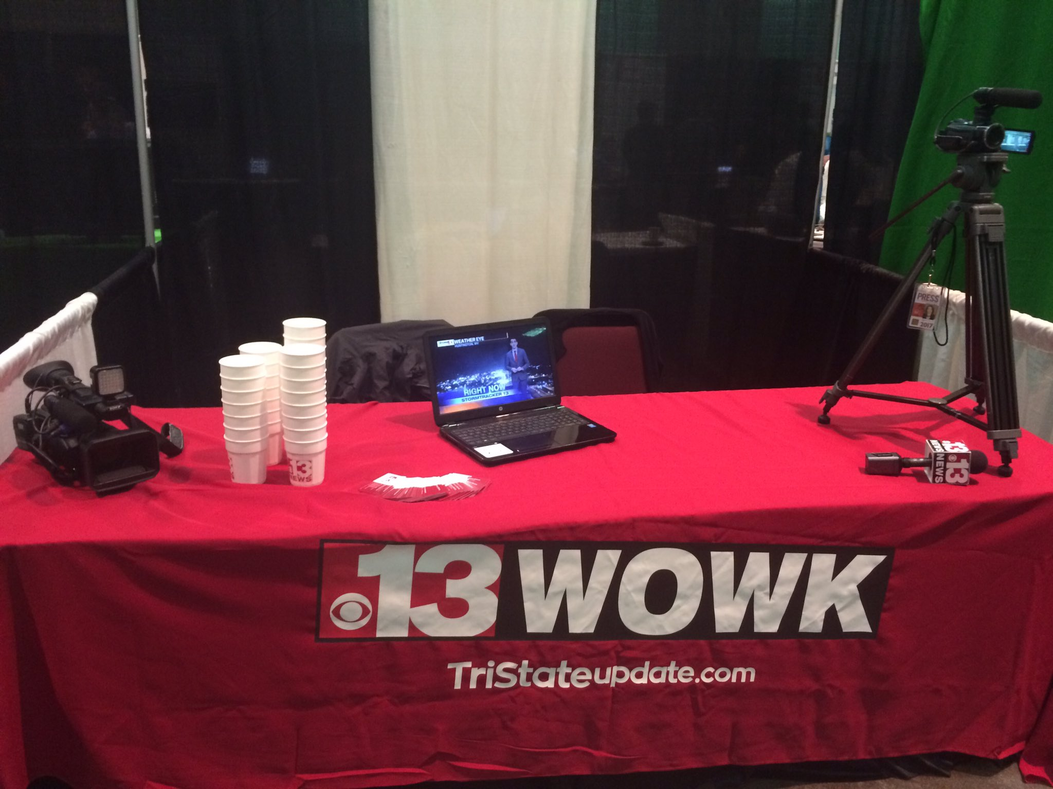.@WOWK13News is at the @WVGEARUP Career Fair! Come say hi 😊 https://t.co/pqOOeN7XpB