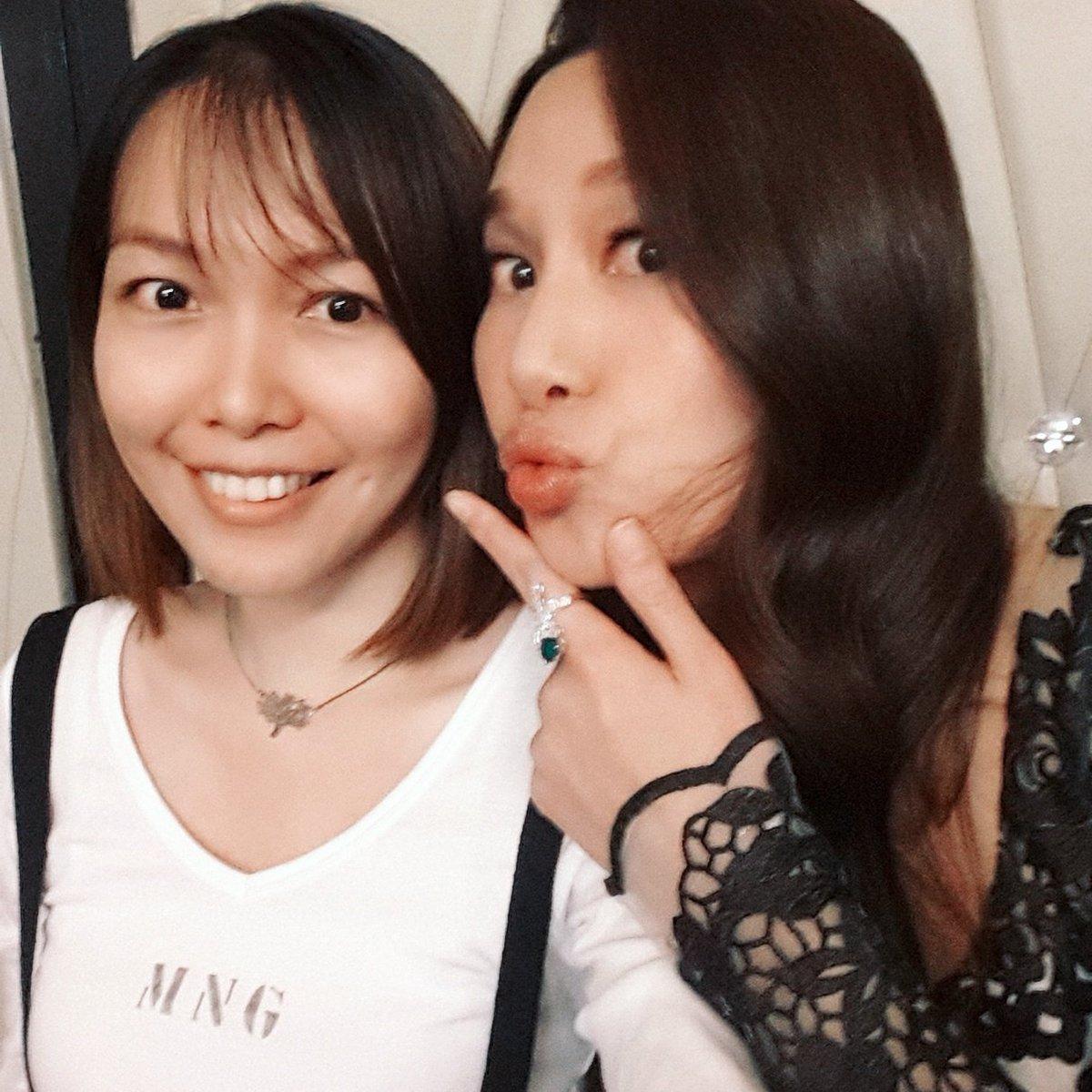 Having fun while working #throwback #hongkong #actress #tvb #selfie #backstage #katetsui #徐子珊<br>http://pic.twitter.com/28CK7B9mje