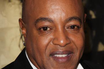 "HAPPY BIRTHDAY... PEABO BRYSON! ""FEEL THE FIRE\""."
