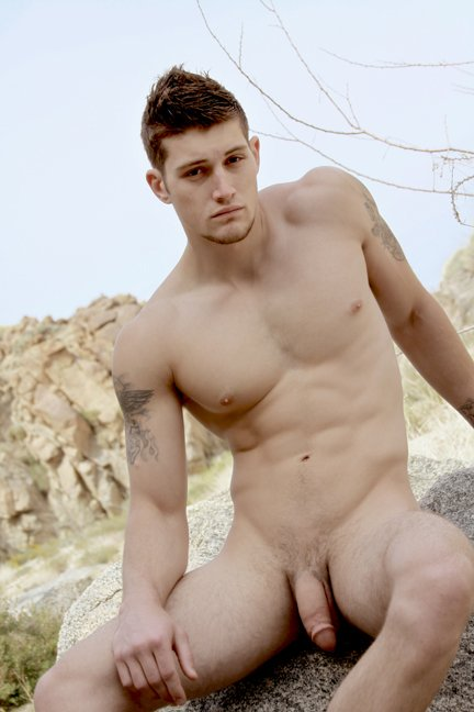 Naked male twitter-1250