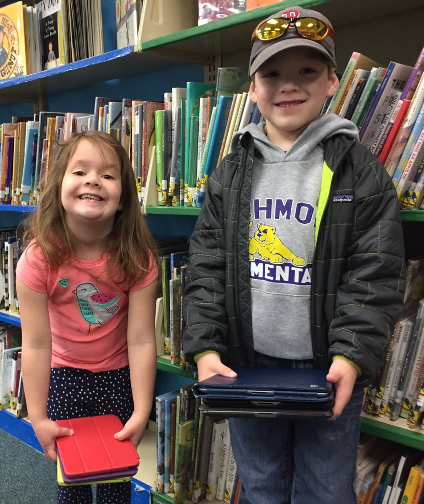 Borrowing library's ipads for literacy work in gr 1 #resvt #nationallibraryweek #librarysnapshotday #vted #vsla https://t.co/61kcnfYGgD