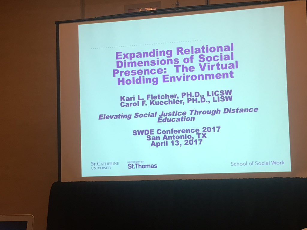 How do you keep students from getting lost?  Community building. Virtual holding environments.  This is going to be good folks. #SWDE2017 https://t.co/pNok7ju4Ui