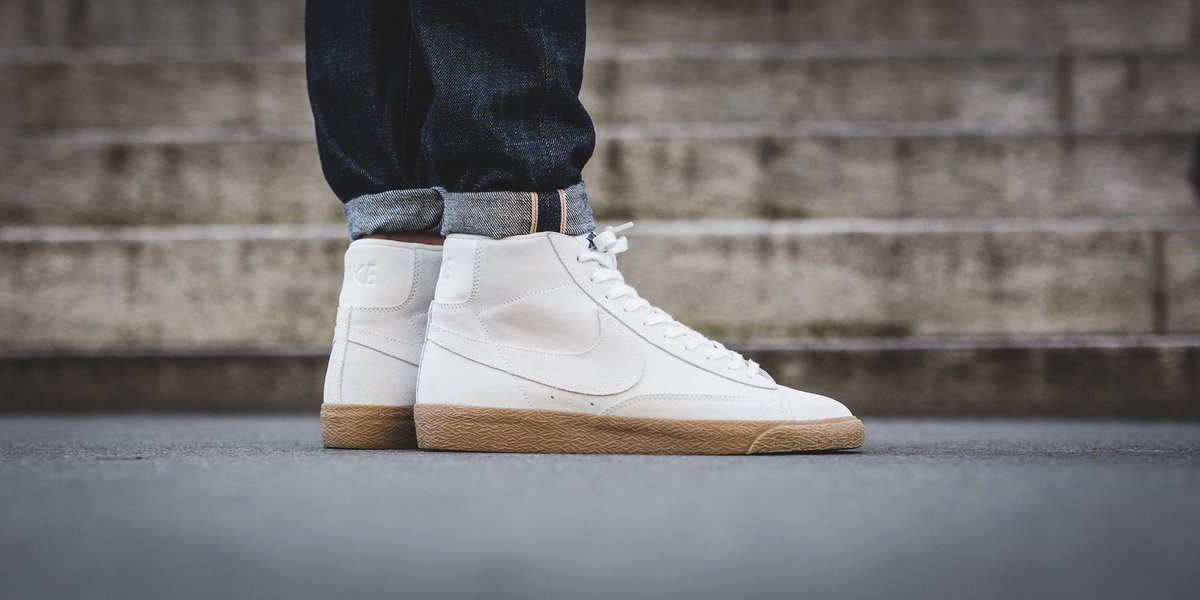 official photos 31f3c cb2af ... purchase nike blazer mid premium off white off white gum light brown  shop here t.
