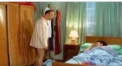 يامه انتي مخبيه ريموت التلفزيون تحت المخ...
