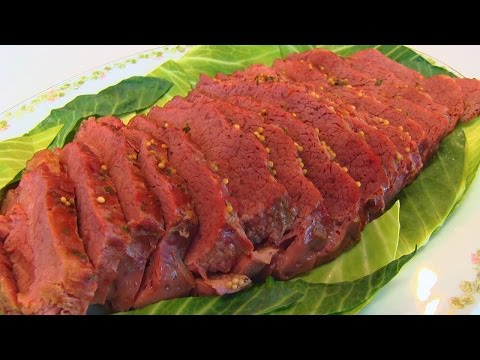 Tender Slow Cooker Corned Beef for St. Patrick's Day #LoveBetty #Food #Recipes