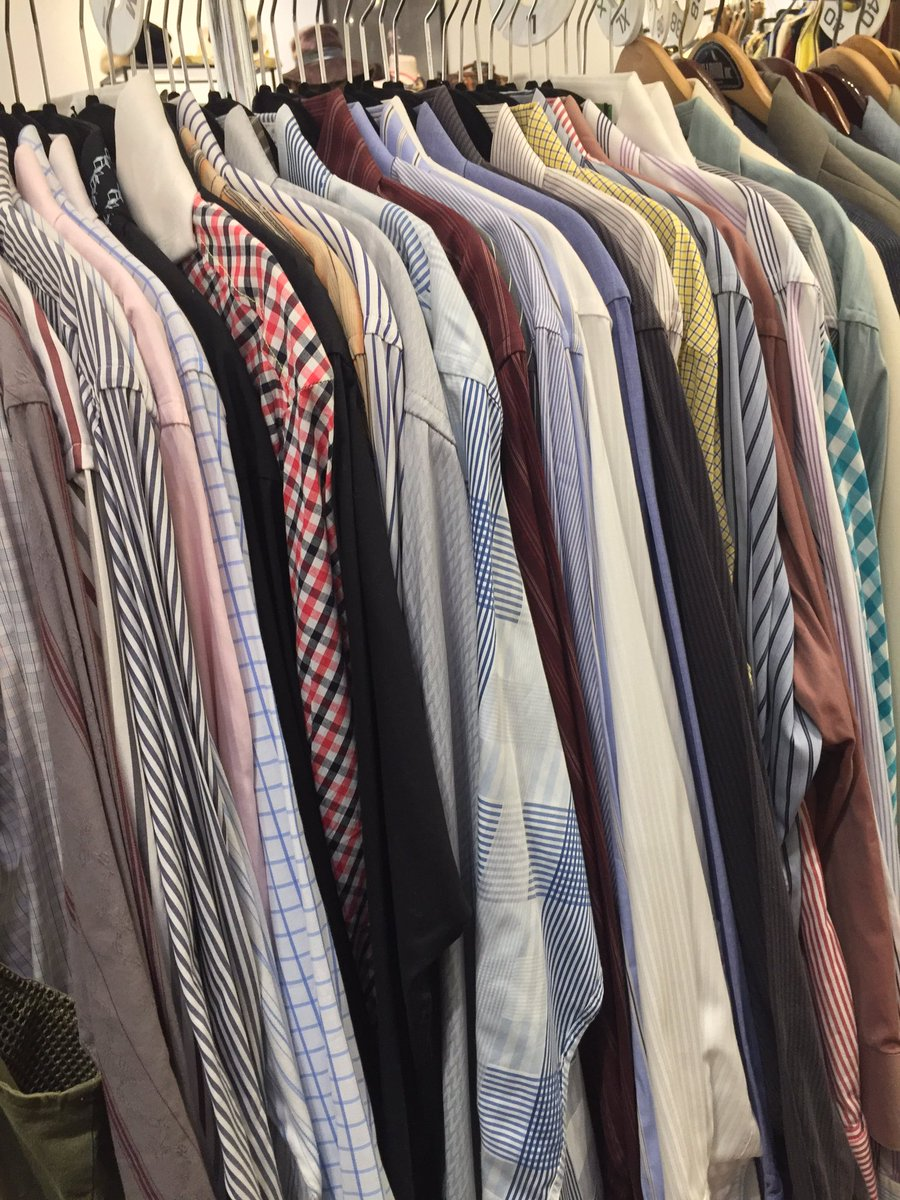 Yep! We&#39;ve got some of finest designers&#39; upscale resale Frenchcuff shirts at @AnacostiaArts  #Armani #OzwaldBoateng #BrooksBrothers #PINK<br>http://pic.twitter.com/VRvWrj7GYX &ndash; à Bespoke Not Broke