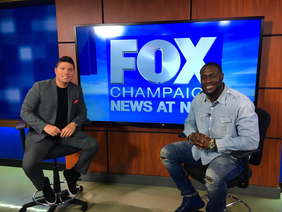 Big s/o to @_Wildman6 for coming by the studio & updating us on his prep for the #NFLDraft. Full interview Monday on @foxillinois. #Illini
