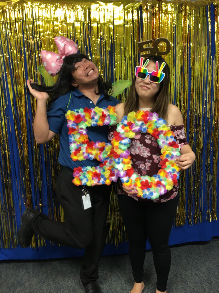 Photo booth celebration! #ceridianhawaii50 https://t.co/OCH53rN7i7