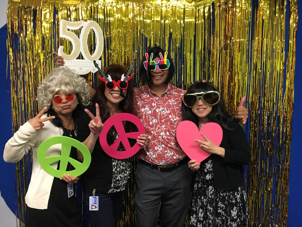 Photo booth back to where it all started in 1967 #ceridianhawaii50 @jhigash @MHTShiro @rfl007 https://t.co/yuwQZNnAgF