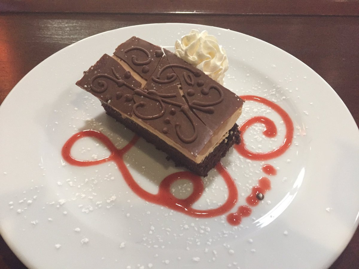 This weeks amazing dessert special: Chocolate Caramel Moussecake during Thursday and Friday night dining. #lop #mpg #deliciousness<br>http://pic.twitter.com/MEIry6Mr1Z