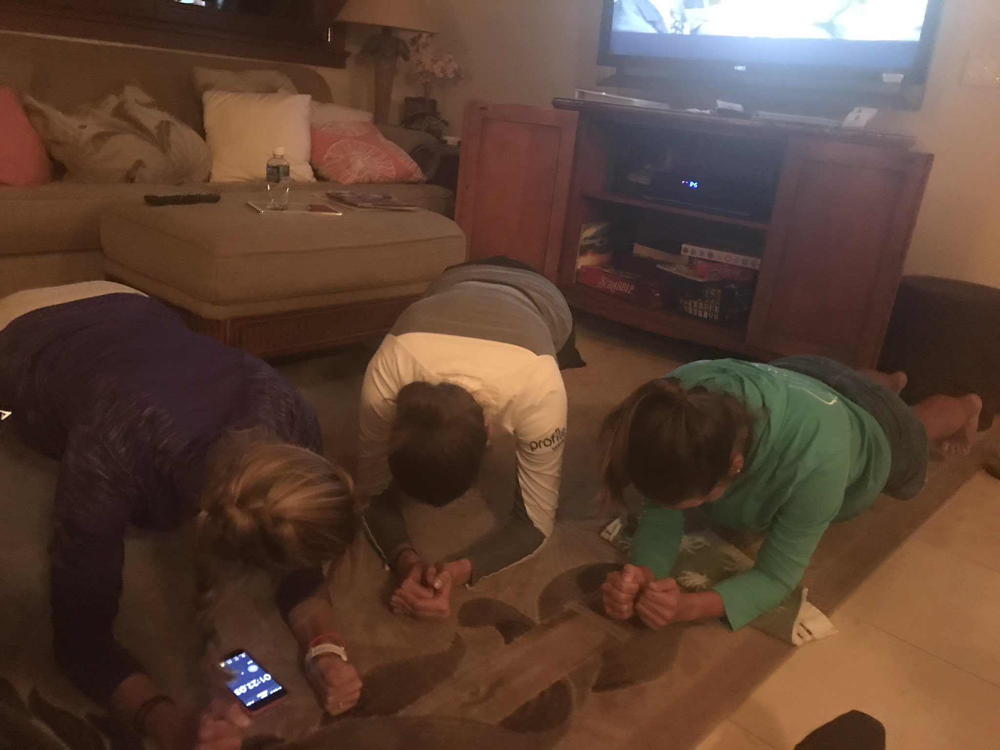 Plank challenge 😂😂😂. @kktamulis made it 3M 30S @Dori_Carter @KimKaufmanGolf made it 2M 😍😍. Way to go girls https://t.co/exak8OSGHS