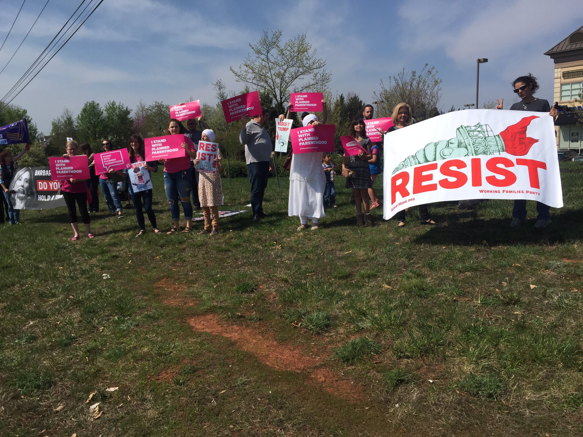 Day 4 #resistancerecess Standing up for PP, ACA at Rep. B. Comstock 's (R-VA CD10) ofc. She refuses to meet w/constituents in her CD. https://t.co/Afk6V57au8