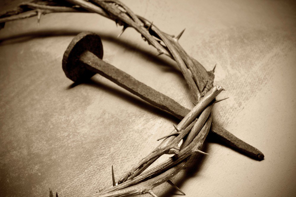 Pilate Ordered Jesus Flogged With A Lead Tipped Whip They Made Crown Of Sharp Thorns Put It On His Head Beat Him And Spit Himpictwitter