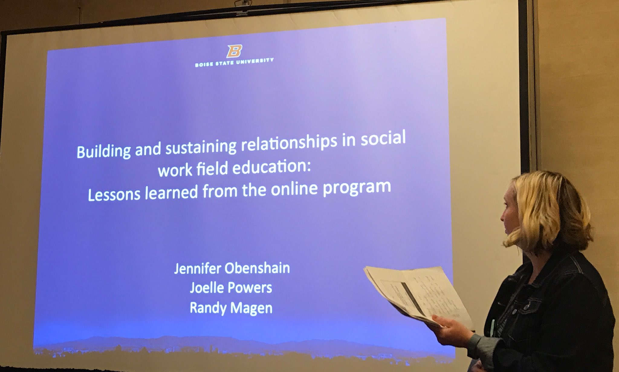Starting point of Boise State session - human relationships are central to social work, but we can forget when busy/stressed #swde2017 https://t.co/aASMK51Kri