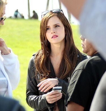 Emma Watson Happy Birthday!!!!!!!!!!!! I promise watching \Beauty and the Beast,!!!!! I love you!!!