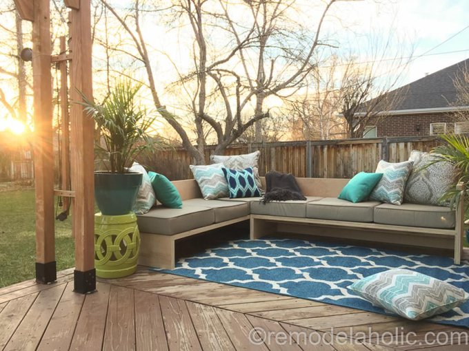 DIY Outdoor Sectional Sofa Tutorial + Building Plan