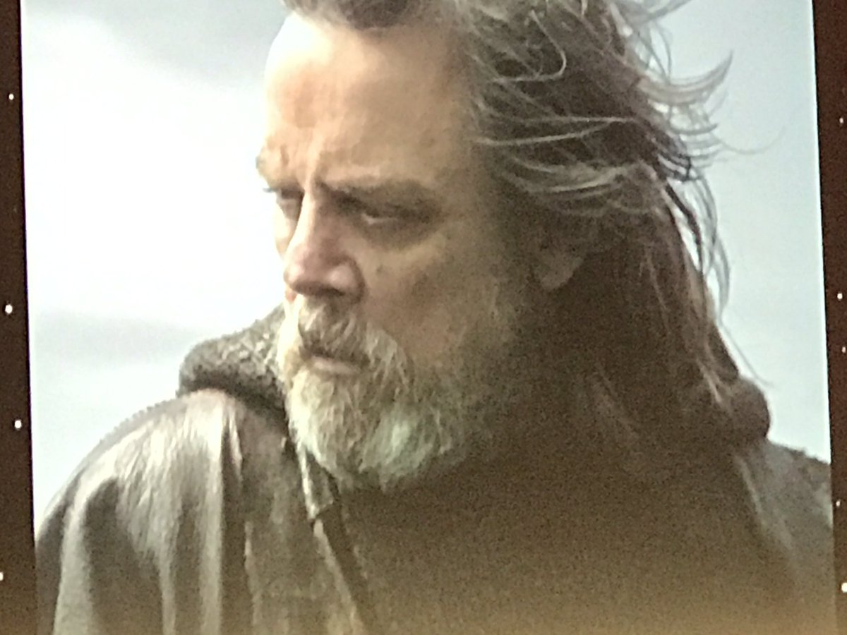 ARCHIVE: The Last Jedi Trailer(s) - 1 - Page 3 C9YkxlaUMAAeC8Y