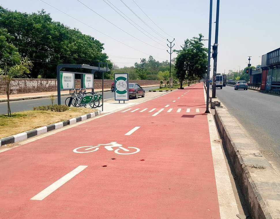 Great going Bhopal! 24 Kms long cycling track in city. https://t.co/1PPK51SyDo