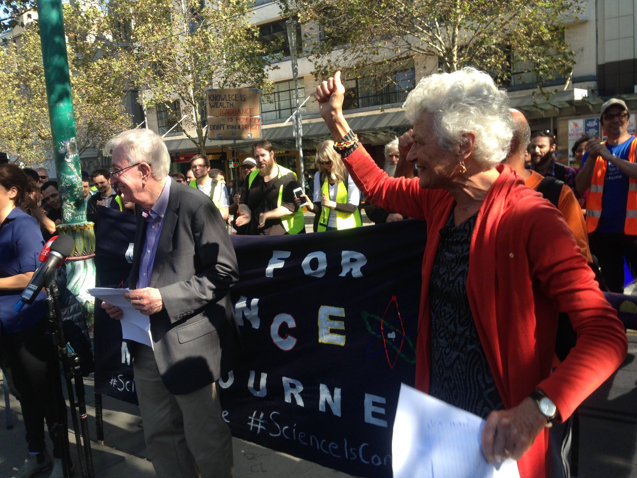 Fiona Stanley introducing Nobel laureate Peter Doherty at #marchforscience We need analysis open publication review. #freedom #prosperity https://t.co/0B9k3CoIEu